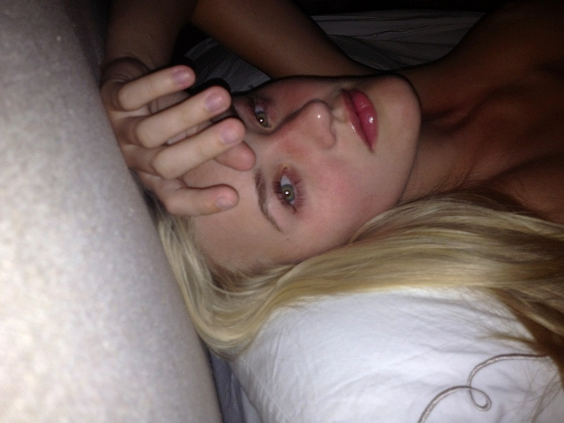 Michalka Sisters nude desnuda hot pics (13)
