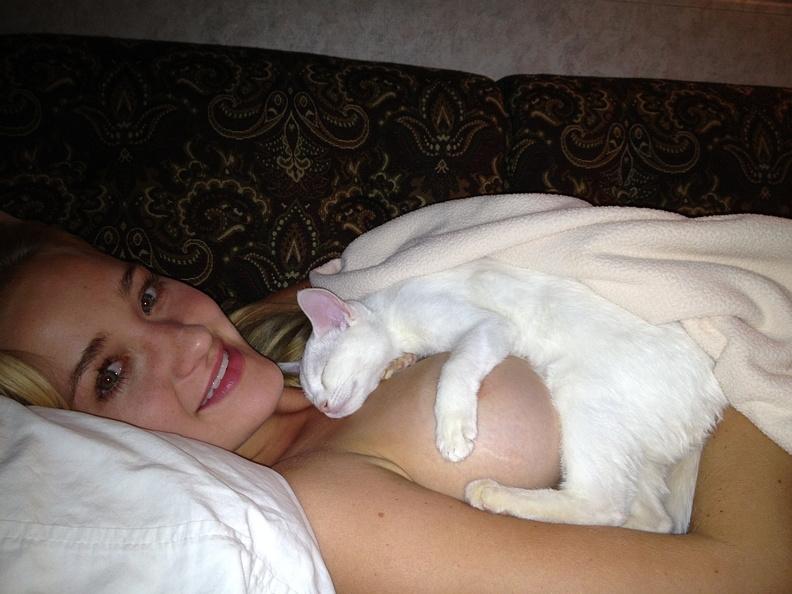 Michalka Sisters nude desnuda hot pics (6)