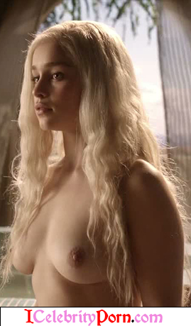 Emilia Clarke - Hot game of trone- porn game of trone- sexy - nude- porno- escenas calientes- tape sex - videos sexo - porno game of trone (2)