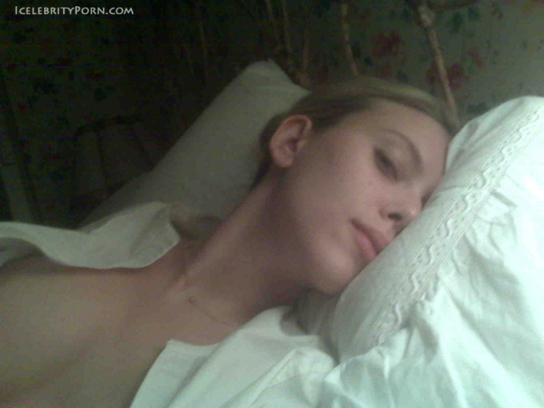 Scarlett Johansson nude desnuda hot pics xxx (1)