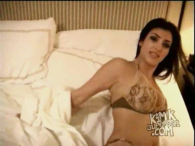Kim Kardashian desnuda xxx hacker sex tape video (39)