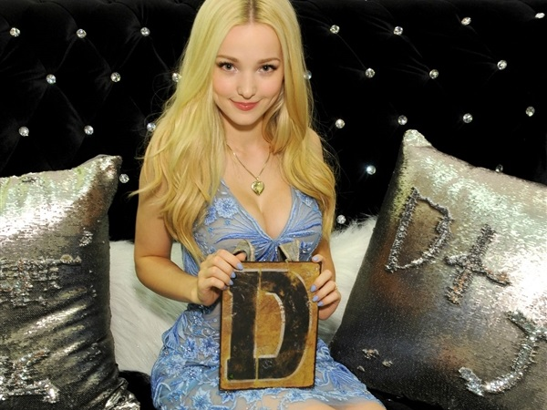 Dove Cameron Desnuda Fotos Intimas Hot xxx-disney-porn-naked-nude-leaked-celebrity-sex-tape-usa-famosas-hd-pics-fotos-follando-tetas-vagina-sexo-amateur-video (13)