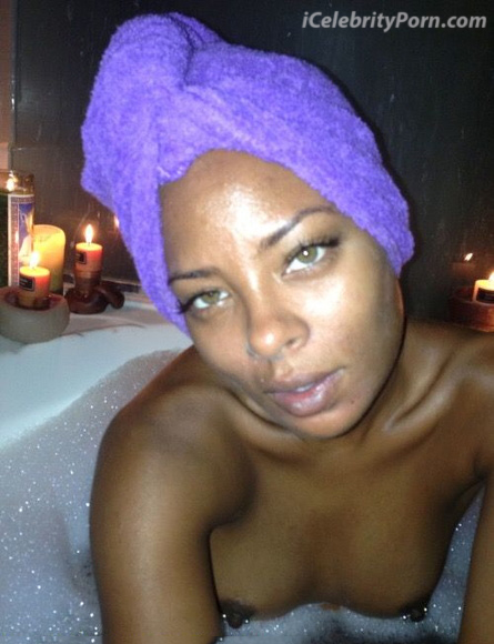 Eva Marcille xxx Desnuda Fotos intimas Toples- sex-tape-ducha-senos-vagina-desnudaxxx-sexo-masturbada-bañera-ducha-baño-toples.calzon (2)
