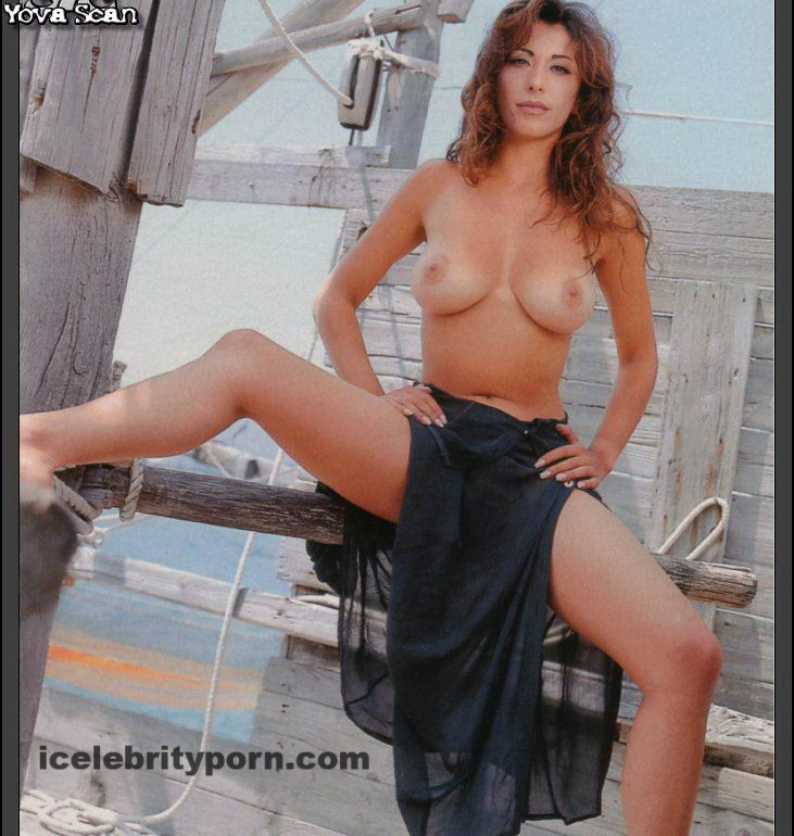 Fotos desnuda Sabrina Salerno Porno xxx-desnuda-sex-tape-video-fotos-pics-nude-fake-celebrity-leaked-sexo-tetas-vagina-topless-follada-tirando- (8)