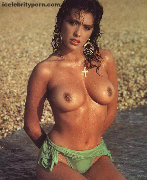 Sabrina Salerno Símbolo sexual 80s Fotos Desnuda-playboy-gratis-sex-tape-nude-celebrity-leaked-italiana-follada-xxx (12)