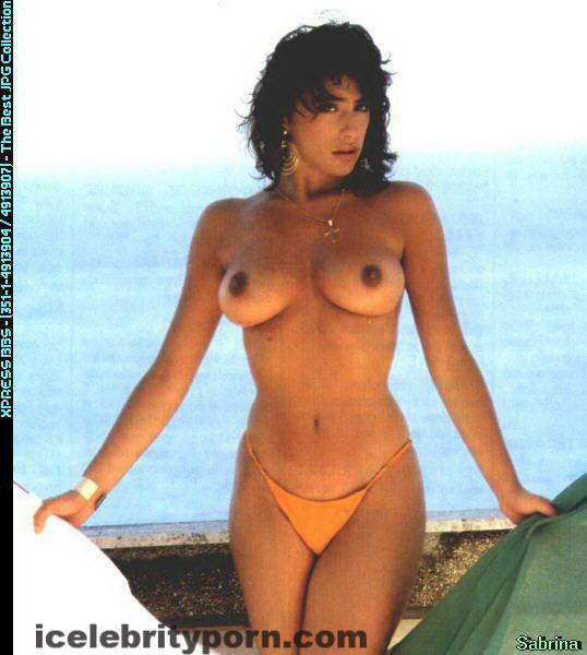 Sabrina Salerno Símbolo sexual 80s Fotos Desnuda-playboy-gratis-sex-tape-nude-celebrity-leaked-italiana-follada-xxx (13)