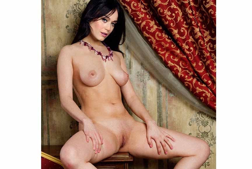 katy_perry_wide_opensss