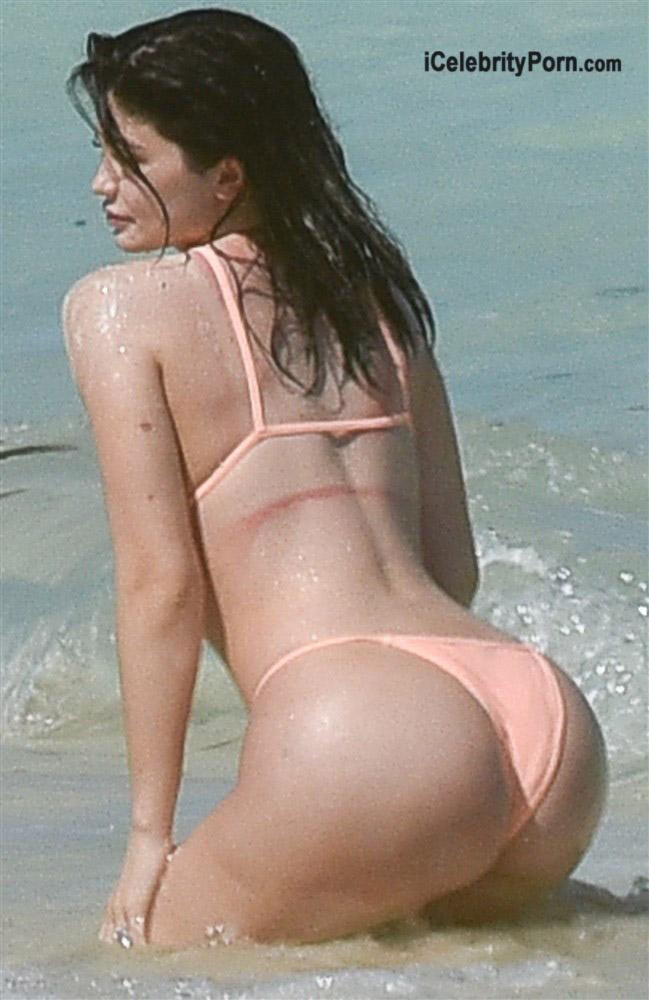 kylie-jenner-en-bokini-famosas-actrices-desnudas-modelos-usa-hot-xxx-4
