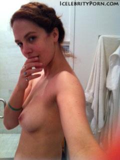 Jessica Brown Findlay nude desnuda hot pics (2)