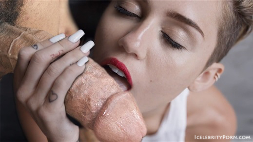 Miley Cyrus nude desnuda xxx hot pics video porno  (12)