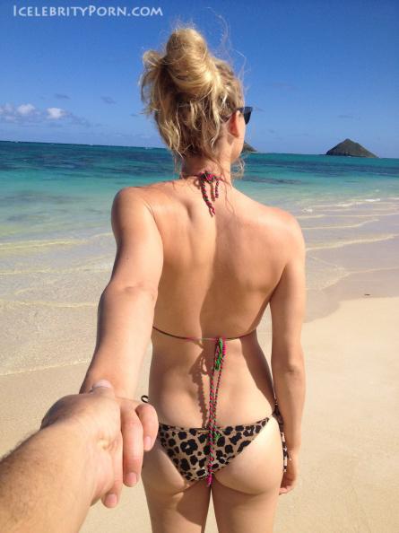 Yvonne Strahovski nude desnuda hot pics (5)