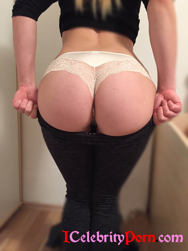 Sexys Mujeres Haciendo Yoga Hot  (9)
