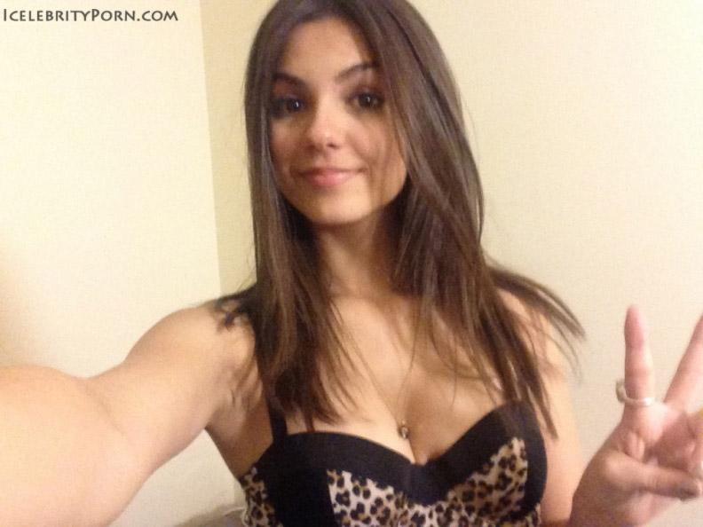 Victoria Justice nude desnuda xxx hot pics descuidos hacker fotos fotos intimas fotos sin censura (15)