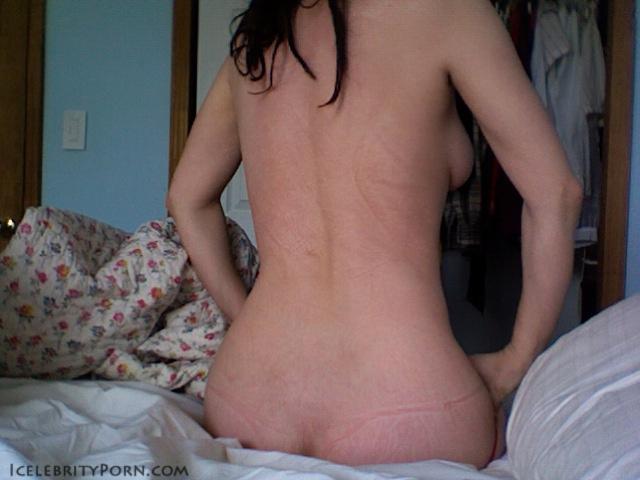 Zoe Kazan nude desnuda xxx hot pics nude pics (12)