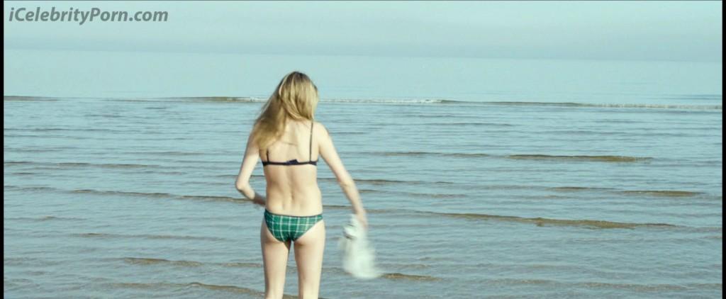 Cara Delevingne xxx Porno Video y Fotos Desnudas-sex-tape-pics-porno-xxx-porn-nude-naked-celebrity-vs-emma-watson-lesbiana-prohibidas-censura-desnuda xxx (3)