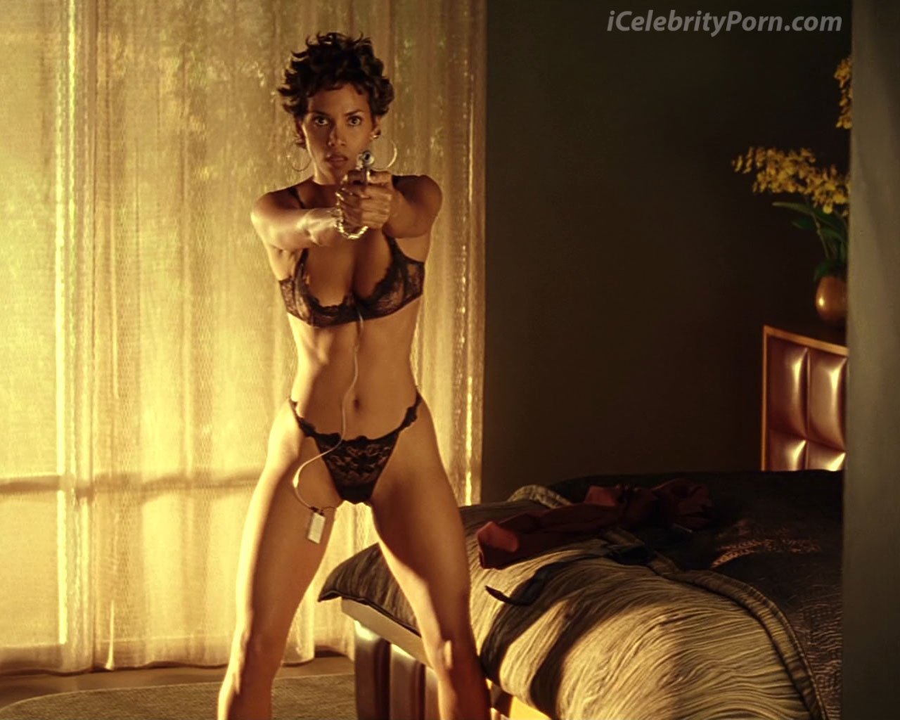 Halle Berry Xxx Desnuda Fotos Porno Sex Tape-1519