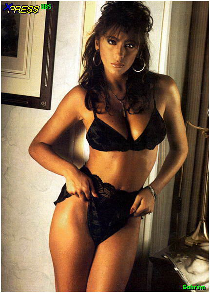 Fotos desnuda Sabrina Salerno Porno xxx-desnuda-sex-tape-video-fotos-pics-nude-fake-celebrity-leaked-sexo-tetas-vagina-topless-follada-tirando- (11)