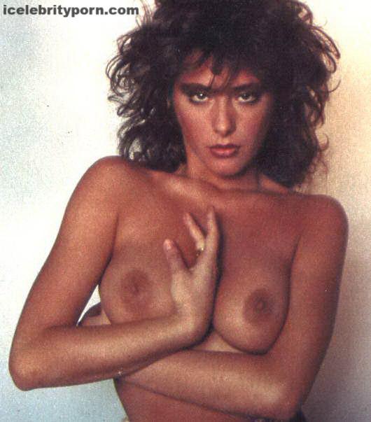 xxx de Sabrina Salerno Fotos Desnuda Sensuales-modelos-antiguas-desnudas-follando-año-80-cogiendo-italiana-argentina-novela-playboy (3)