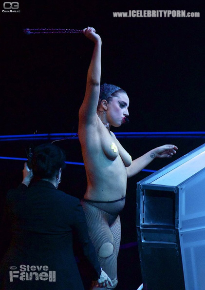 CELEBRITY PORN Famosa Lady Gaga Desnuda Fotos Sexuales xxx-pornografia-hacker-filtradas-robadas-movil-cantantes-upskin-follando-video-cogiendo-sexo-tetas-vagina (7)