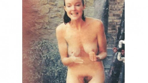 Live videos of naked women