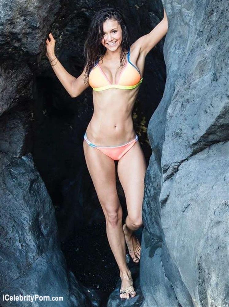 Nina dobrev falsificaciones desnudas