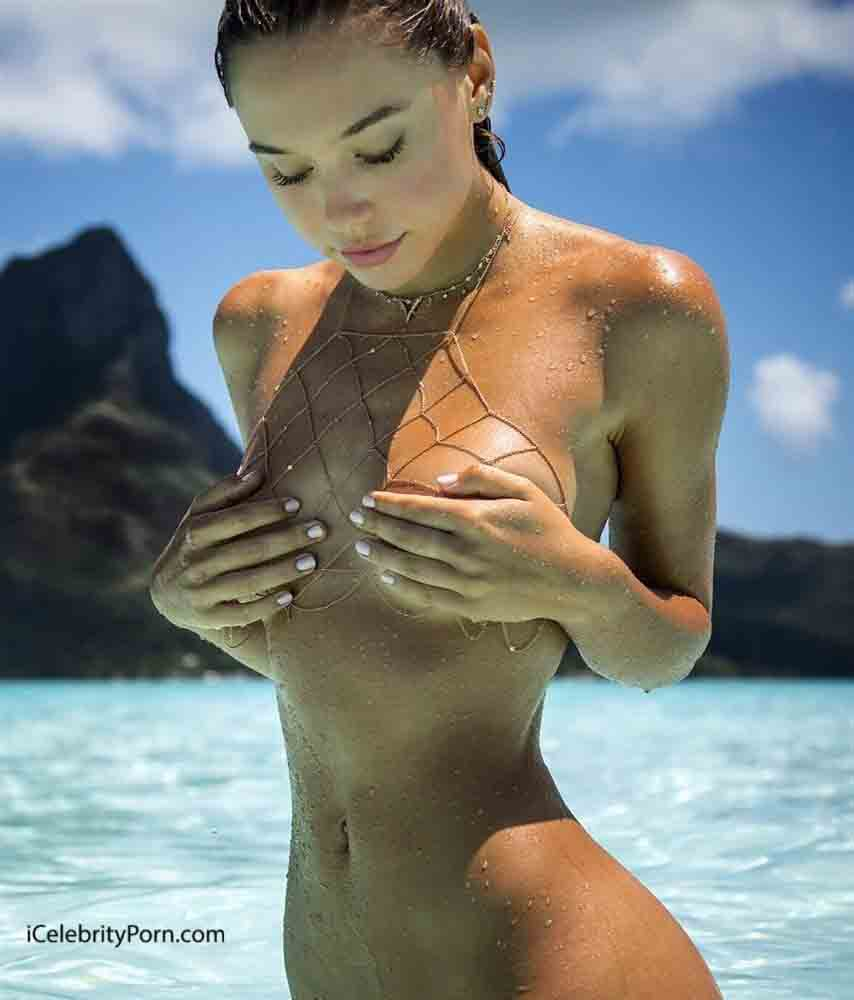 Modelo Alexis Ren desnuda - modelo xxx - famosas desnudas 2017